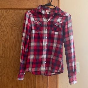 Red plaid snap up collar shirt